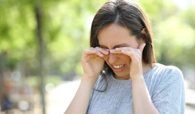 Dry Eyes In Winter: Follow These Expert Recommended Tips To Prevent This Condition